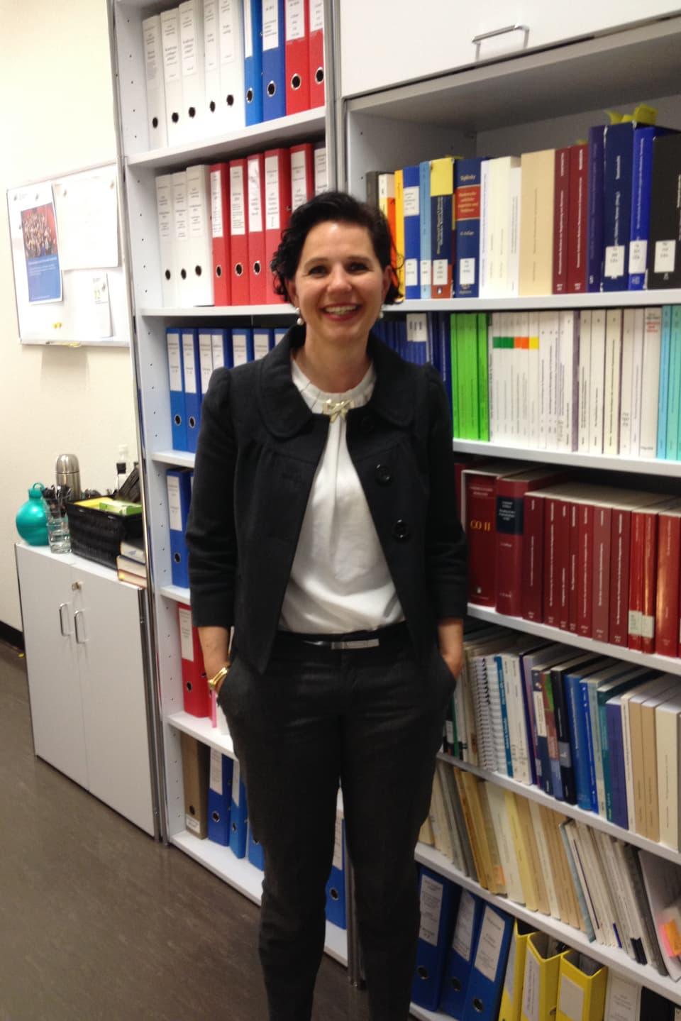Die Assistenzprofessorin für Finanzmarktrecht an der Uni Zürich, Franca Contratto sieht in den Hochfrequenzhändlern ein Systemrisiko und fordert entsprechende Gesetzte.