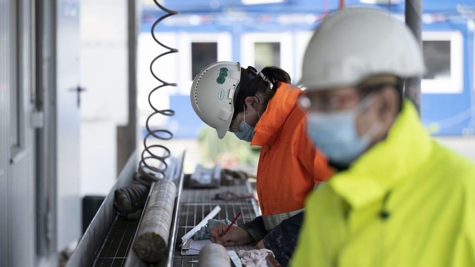 Der Schweizer Arbeitsmarkt erholt sich weiter