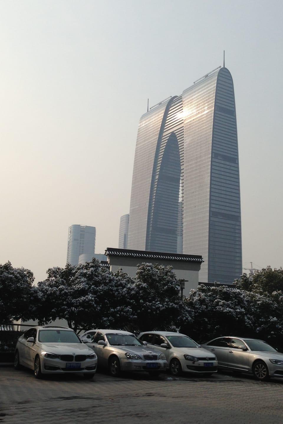 Pieder Gieriet en ses biro a Suzhou.