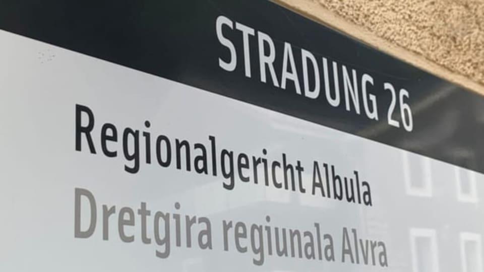 La dretgira Alvra ha sentenzià  dus chatschadurs ch'èn marschads tras asil da selvaschinas