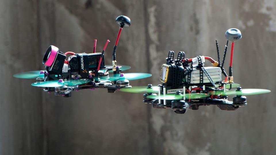 Dronas da hightec per far cursas.