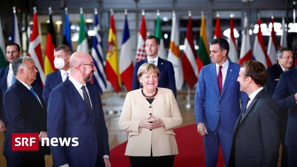 Abschied beim EU-Gipfeltreffen - Bundeskanzlerin Angela Merkel wird verabschiedet