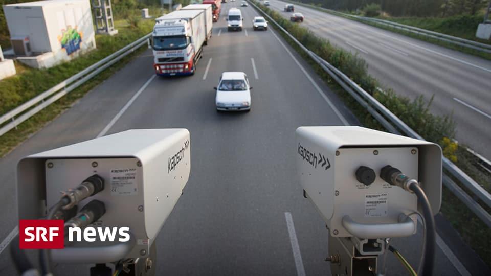 Klebe Etikette Bleibt Vorerst Digitale Autobahnvignette