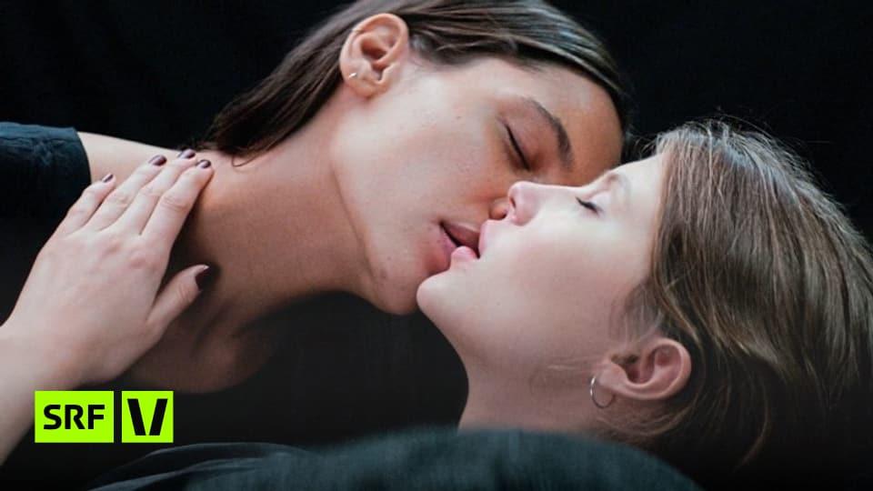 Lesbische Liebe Auf Einem Massagetisch