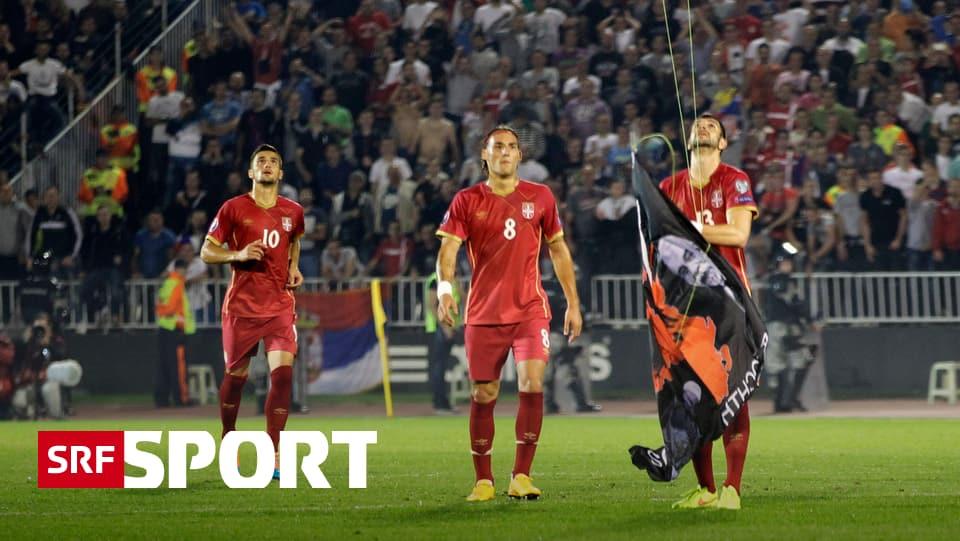Em Gruppe Albanien