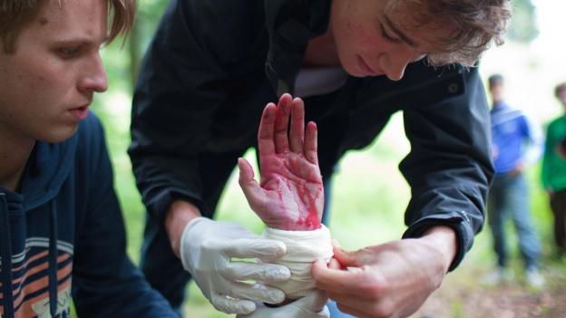 Junge Zivildienstleistende während eines Kurses im Eidgenössischen Ausbildungszentrum.