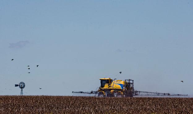 Argentinien: Sprayen auf einem Soja-Feld