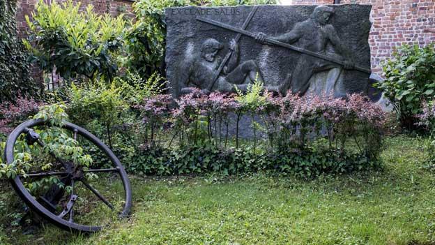 Denkmal an die Schlacht bei Marignano des Bildhauers Josef Bisa in Zivido, Italien.