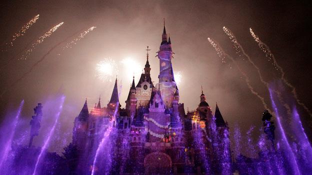 Shanghai hat nun das grösste Märchenschloss aller Disneyland-Parks.