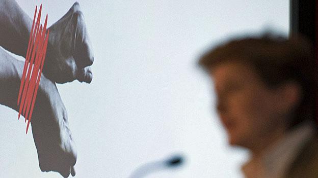 Bundesrätin Simonetta Sommaruga spricht zum Europäischen Tag gegen Menschenhandel, am 18. Oktober in Bern.