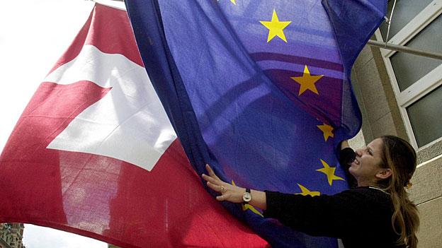 Die Personenfreizügigkeit ist ein zentrales Element des bilateralen Weges mit der EU. Falls die EU sich zu Verhandlungen bereit zeigt, werden diese sicher schwierig.