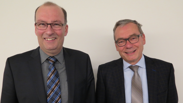 Das Bild zeigt den St. Galler CVP-Nationalrat Markus Ritter und den Zürcher FDP-Ständerat Rudi Noser.