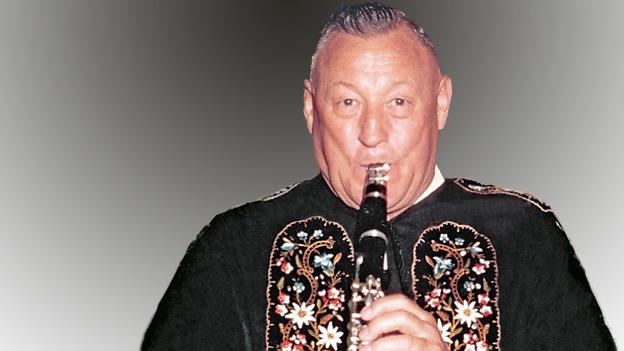 Kaspar Muther spielt Klarinette.
