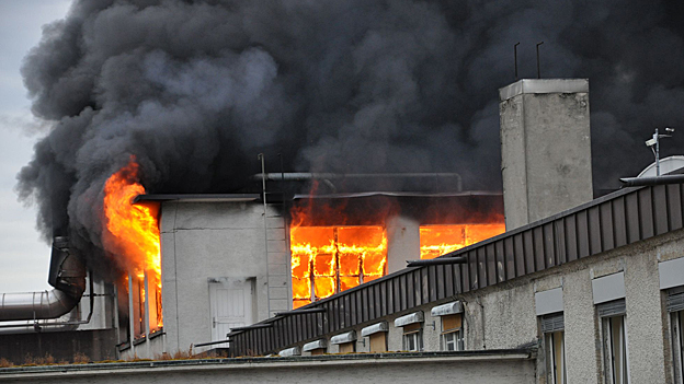 Die Lösungsmittel verursachten dichten Rauch: Für die Bevölkerung bestand aber keine Gefahr.
