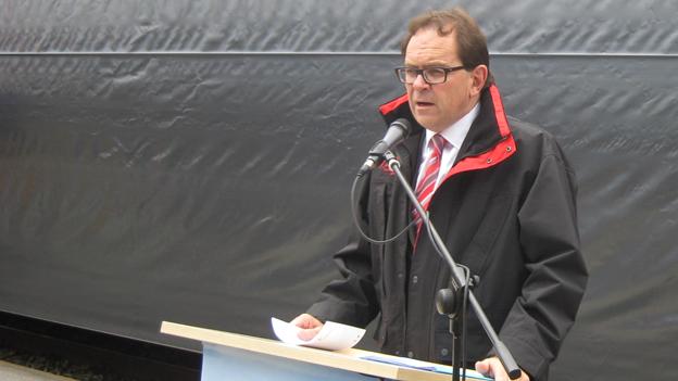 Der Direktor der Matterhorn Gotthard Bahn, Fernando Lehner.