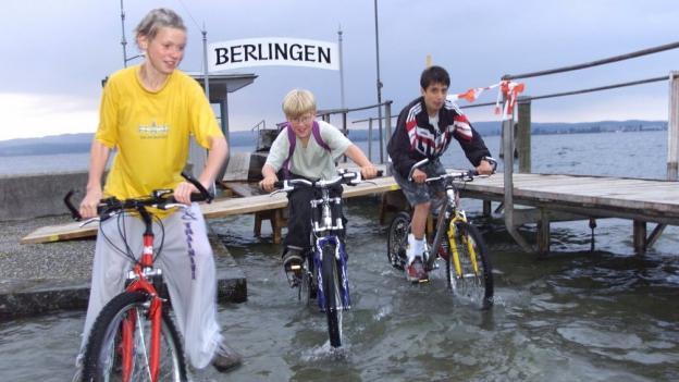 Der Pegelstand des Bodensees ist auch dieses Jahr wieder hoch: Hier die Situation im Juni 2001
