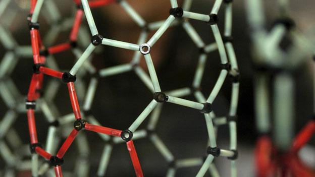 Modell eine Nanotubes: Auf Deutsch heissen sie Kohlenstoffnanoröhren.