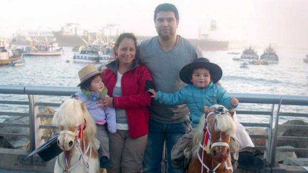 Sandra Waespe Stricker mit ihrer Familie.