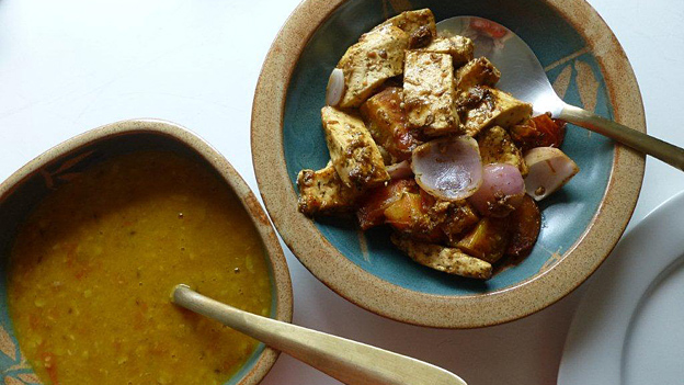 Typisch indisch und frisch zubereitet: «Paneer» mit Gemüse und «Dal».