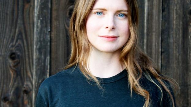 Porträt der Autorin Emma Cline