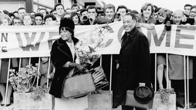 Duke Ellington zusammen mit Ella Fitzgerald