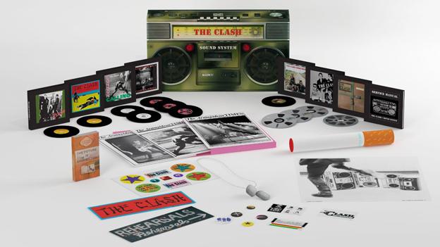 Mit Riesenzigarette: «The Clash Sound System».