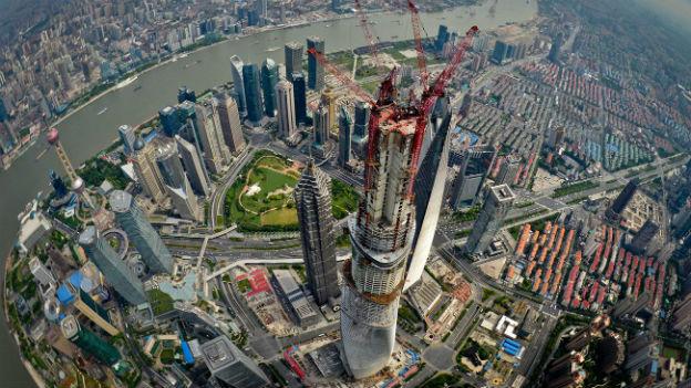 Boom-Stadt Shanghai, im Bild das künftig zweithöchste Gebäude der Welt, aufgenommen am 3. August 2013