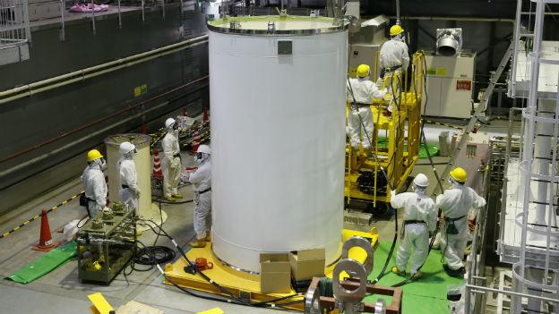 Bergung von Brennstäben: Vorbereitungsarbeiten in Fukushima.