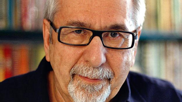 Nikos Dimou ist ein griechischer Essayist, Prosaschriftsteller und Dichter.
