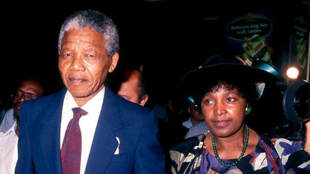 Nelson Mandela mit Ehefrau Winnie, nach der Freilassung