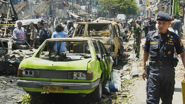 Schwerster Bombenanschlag in Indonesien: Bali, 2002.