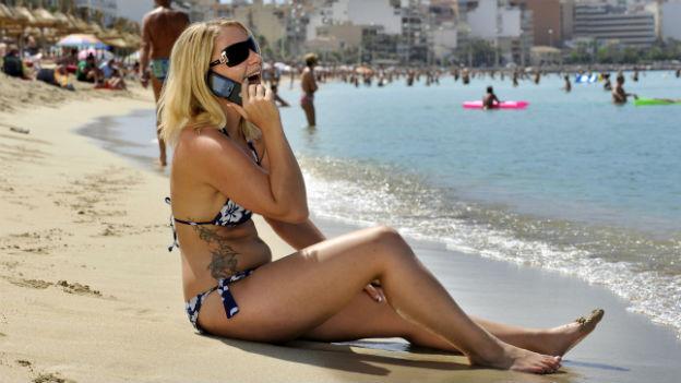 In den Ferien in Mallorca vom Handy aus zu telefonieren bleibt teuer.