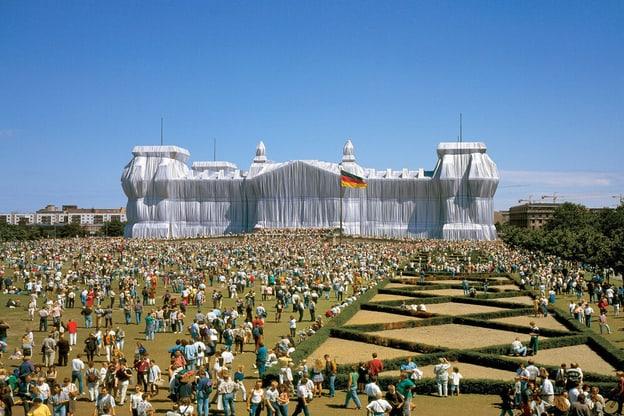 Zur Detailseite von Christo und Jeanne-Claude - Die Kunst des Verhüllens