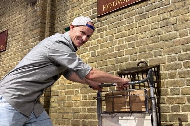 Zur Detailseite von Exklusive Einblicke: Die Magie von Harry Potter