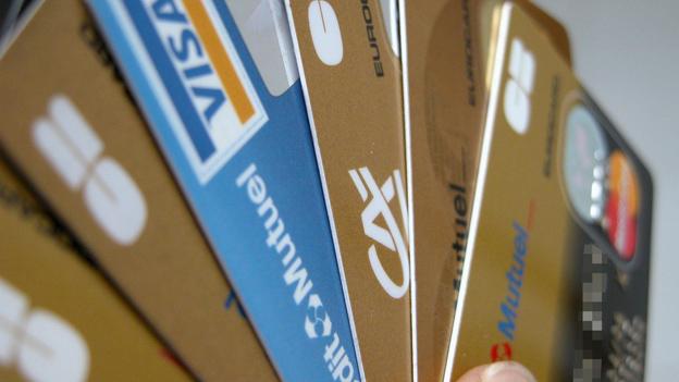Kreditkarten: Mahngebühr nicht immer erlaubt