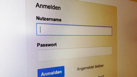 Achtung Email Passwort!
