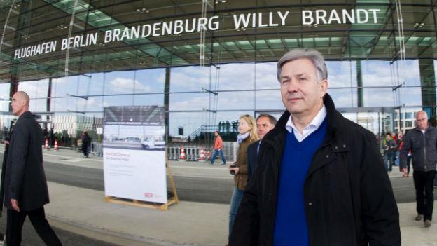 Berlins Bürgermeister noch nicht aus dem Schussfeld