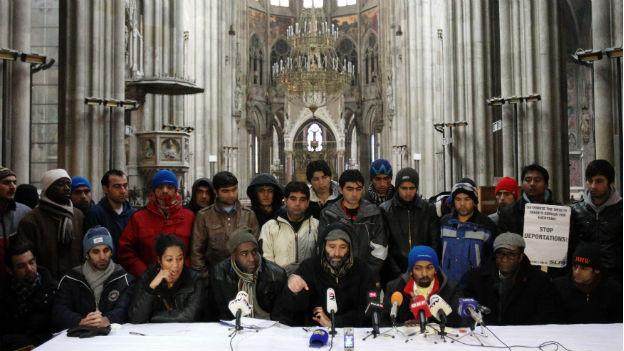 Österreich: Asylbewerber richten «Lager» in der Votivkirche ein