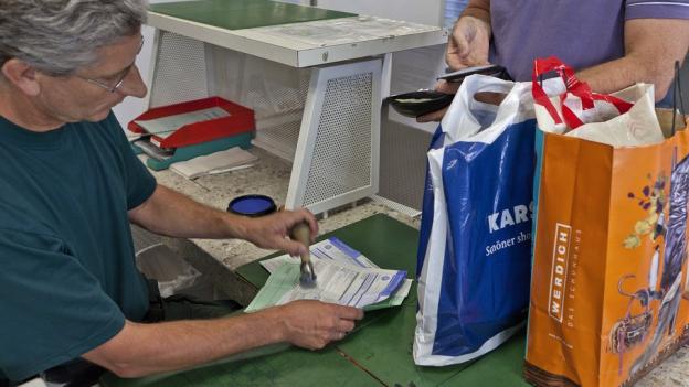 Das Magazin - Tessiner Gewerbe leidet unter Einkaufstourismus