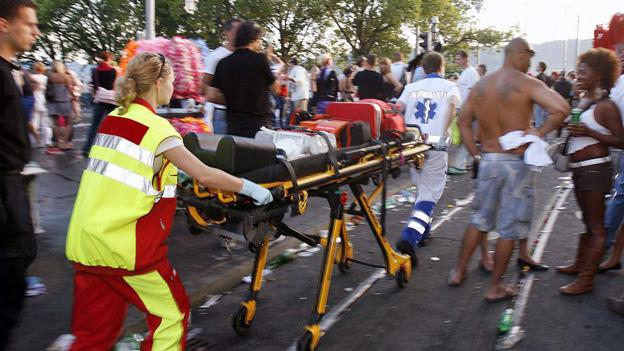 Rekordaufgebot der Rettungskräfte an Zürcher Street Parade