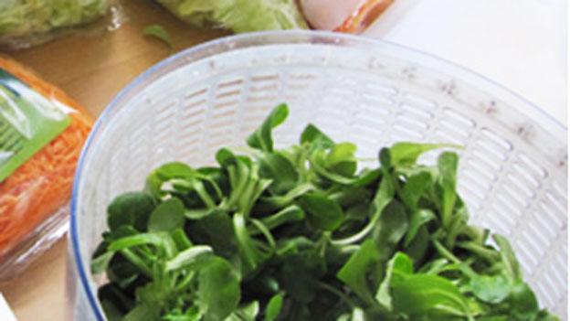 Salat selbst rüsten – und sparen