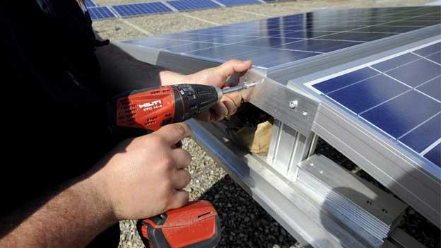 Solaranlagen: Mehr Planungssicherheit – weniger Geld