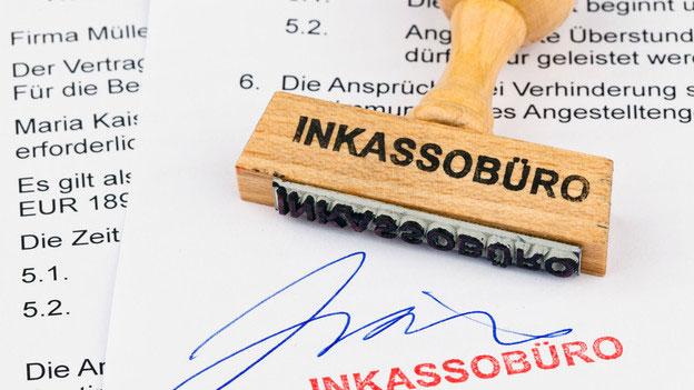 Sonstiges Recht Das Inkassobüro Droht Mit Gerichtlichen Schritten