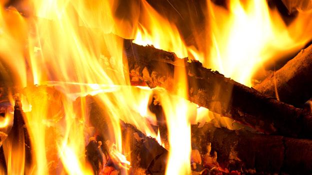 Vorsicht vor Brandwunden!