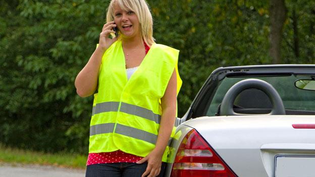 Pannenhilfe: TCS lässt Autofahrerin mit Panne sitzen
