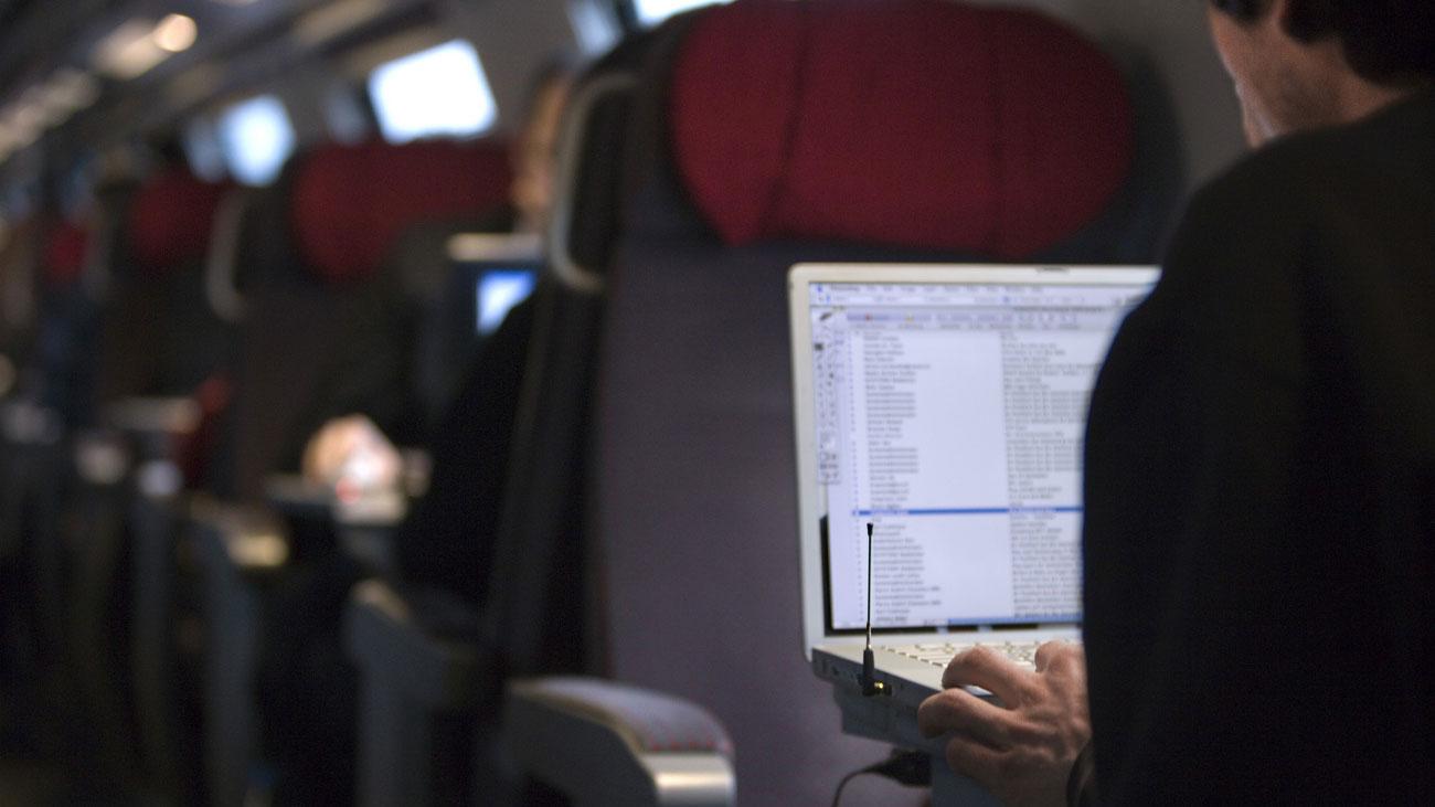 Handyempfang im Zug: Besserung erst im Fernverkehr in Sicht