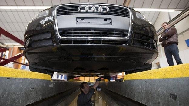 Streit um Neuregelung der Motorfahrzeug-Kontrolle