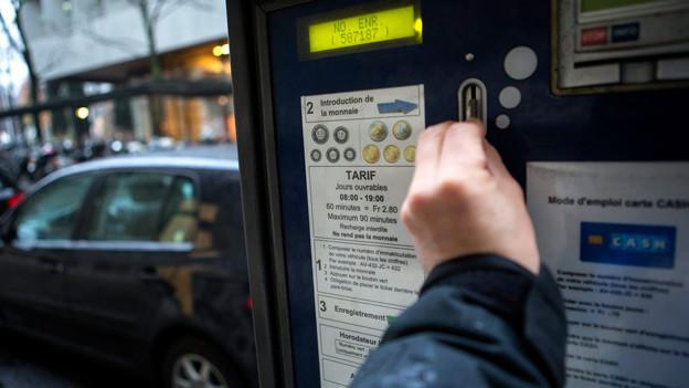 Audio «Umstrittene Parkgebühr für Auswärtige» abspielen