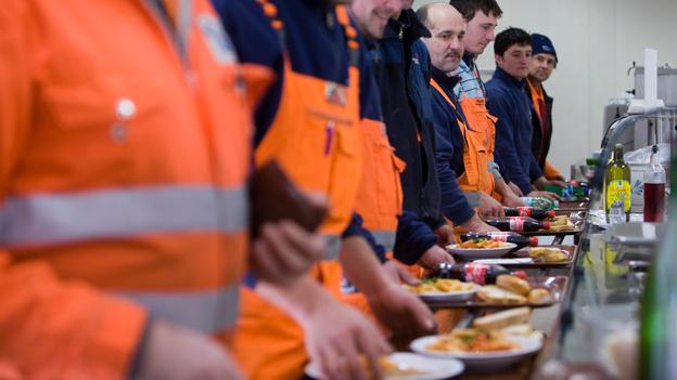 Essen bei Schichtarbeit und unregelmässiger Arbeit