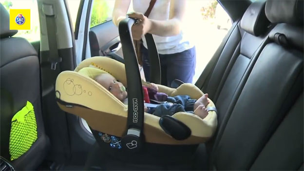 Audio «Jedes zweite Kind sitzt falsch im Auto» abspielen.